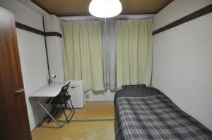 护国寺5号共享公寓-2号房间