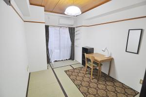Shiinamachi 4F (402), Room 3